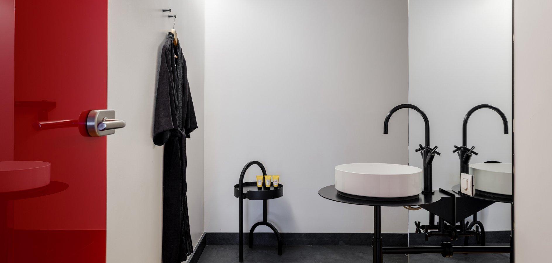 hotel, bathroom, design, architecture, Laufen, Laufen bathrooms